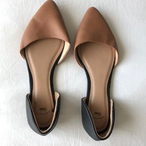GAP cognac faux leather and black flats
